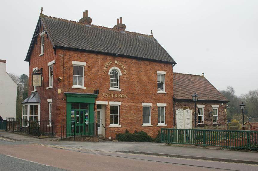 compton_canal_house_3