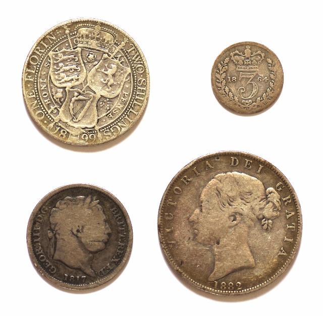 silver coins (640x625)