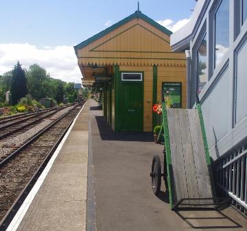 Alton station 2 (360x337)
