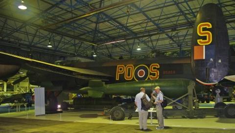 Lancaster S 9 (480x272)