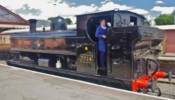 loco 7714 (360x206)