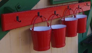 red buckets (360x210)