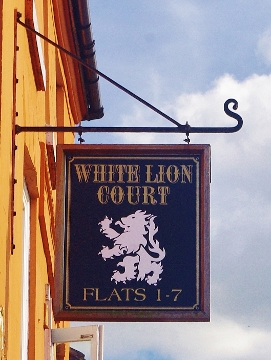 white lion court (271x360)