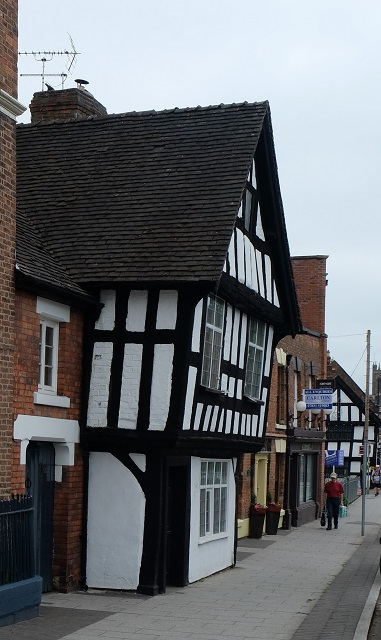 Welsh Row 04 Tudor Cottage