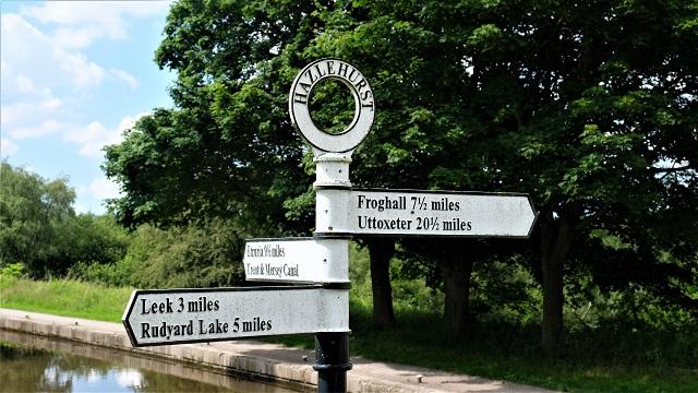 Hazelhurst Junction signpost