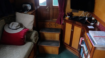 Steps to cabin doors