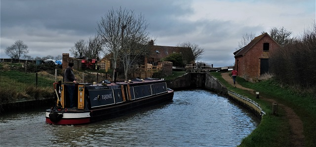 Claydon top lock nb Equinox